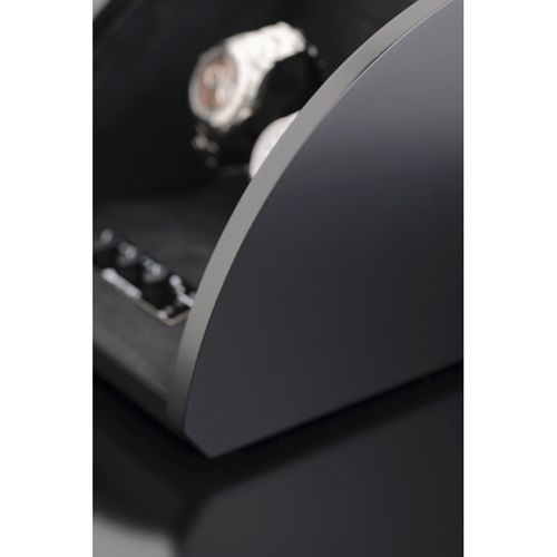 Шкатулка ElmaMotion Style для хранения и завода 4 часов черная с матовым шелковистым покрытием, фото