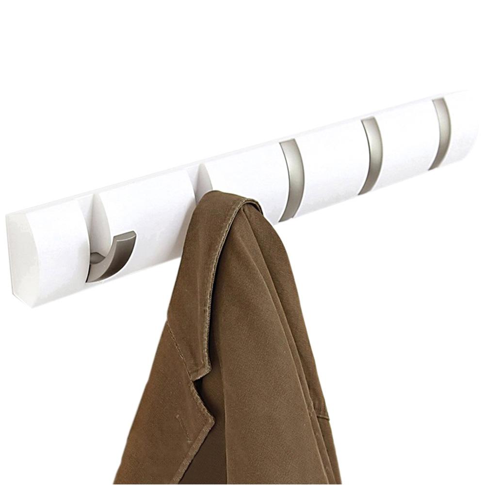 Белая вешалка Umbra Flip с металлическими крючками