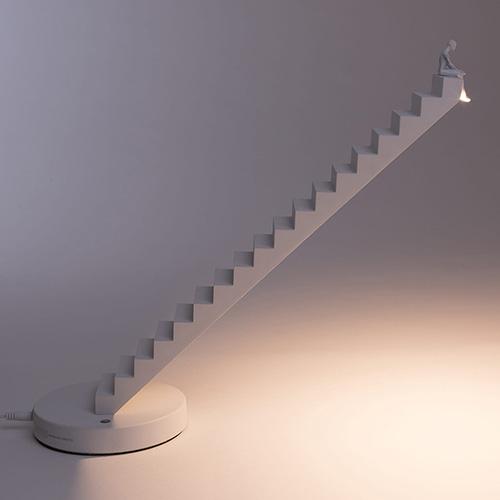 Настольная лампа Seletti Verso Lamp Лестница белая, фото
