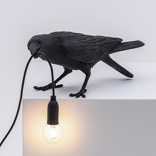 Светильник-ворона черный Seletti Bird Lamp Playing, фото