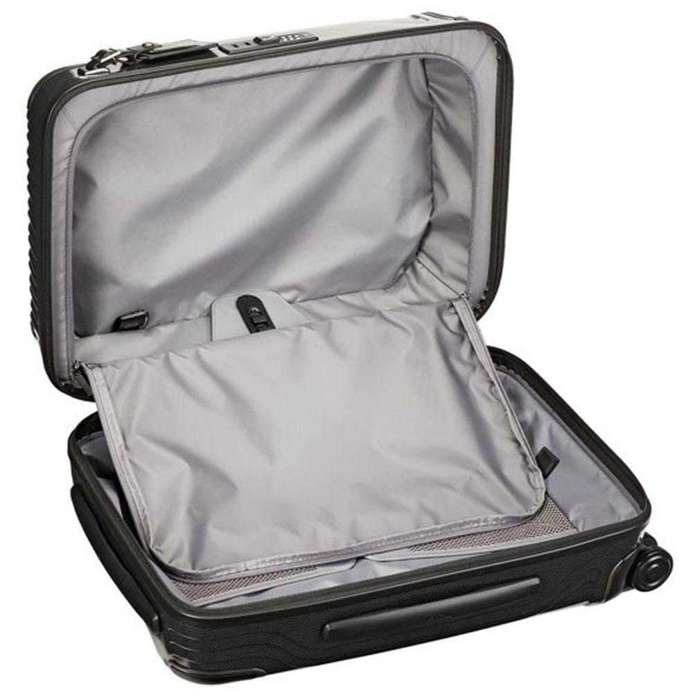 Черный чемодан 55х40х20см Tumi Latitude International Slim Carry-On