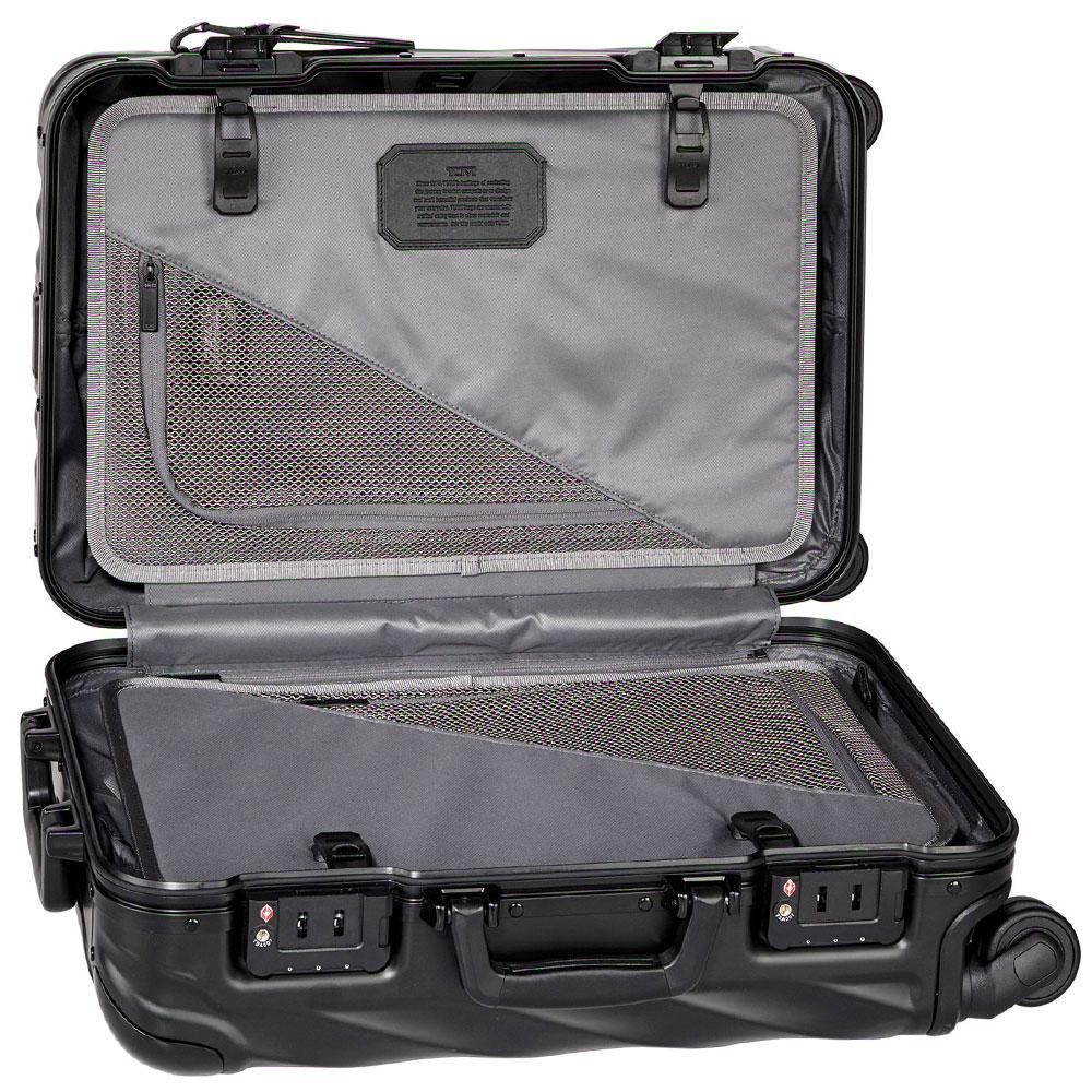 Черный чемодан Tumi 19 Degree Aluminium Carry-On 56х35,5х23см