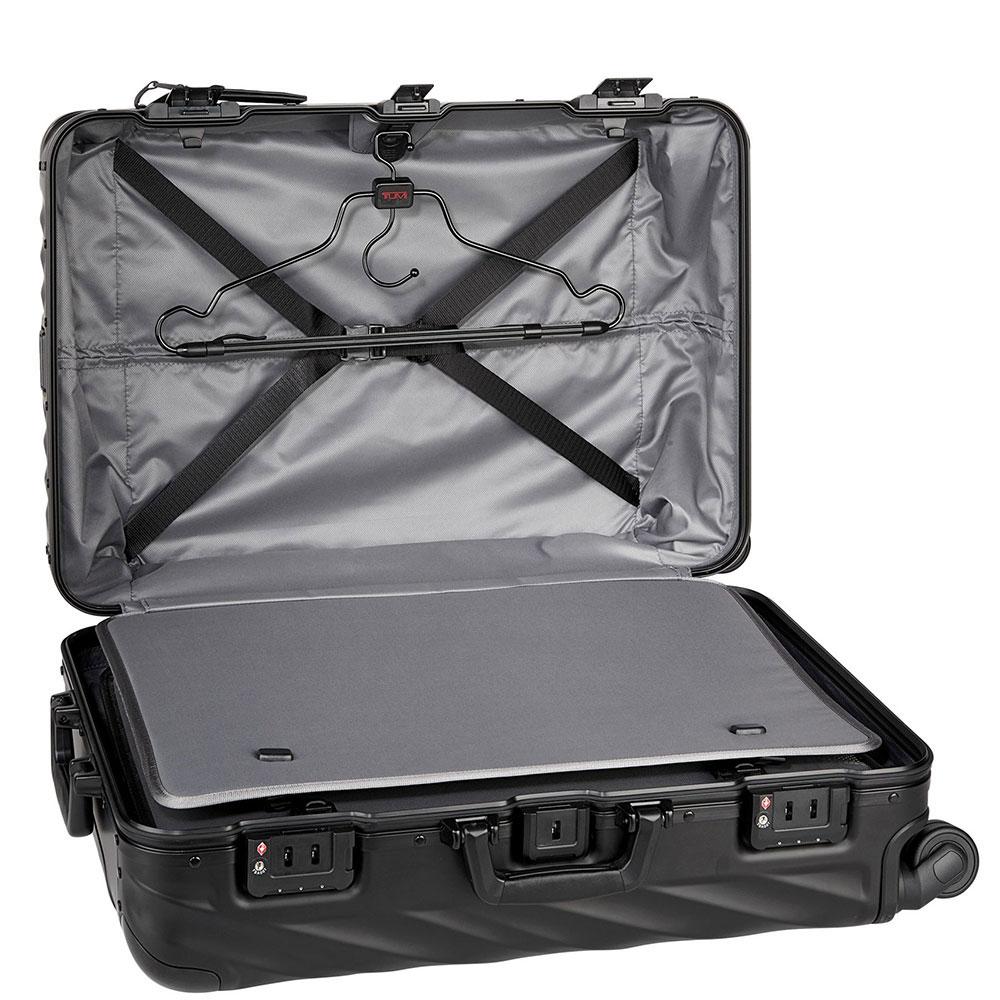 Черный чемодан Tumi 19 Degree Aluminium 66х44,5х25,5см