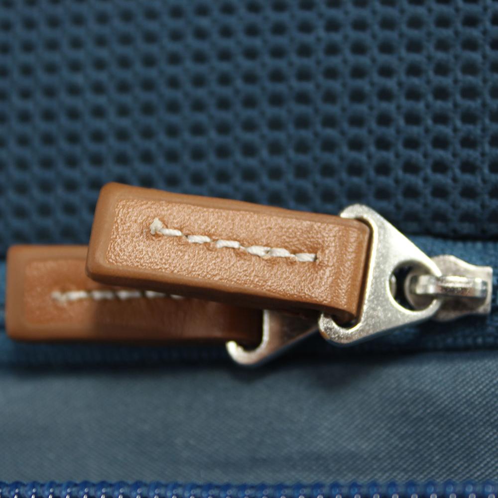 Большой чемодан синего цвета 77х54х30см March Cosmopolitan с замком блокировки TSA