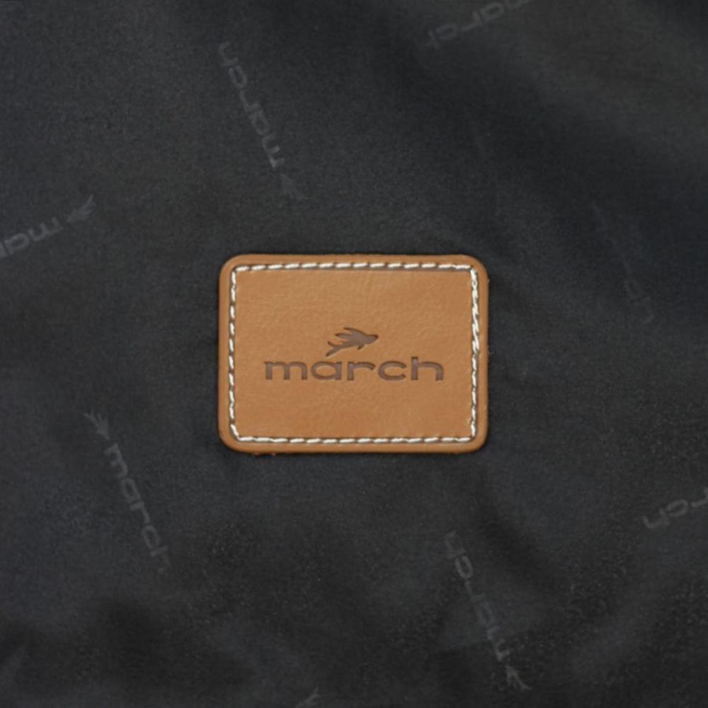 Чемодан маленького размера 55х37х20см March Cosmopolitan с корпусом черного цвета