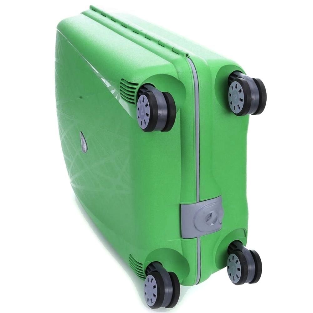 Большой чемодан зеленого цвета 75х53х30см Roncato Light с 4х колесной системой