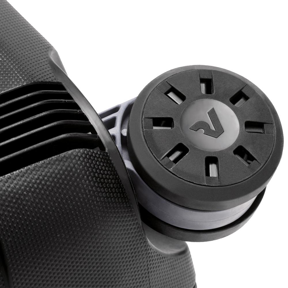 Черный среднего размера чемодан 69x46x26см Roncato Box с выдвижной ручкой
