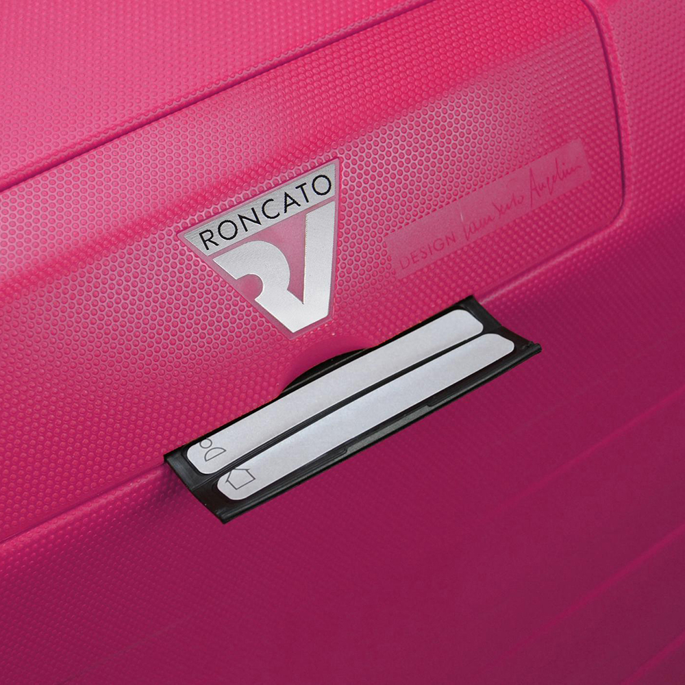 Маленький чемодан малинового цвета 55х40х20см Roncato Box из полипропилена