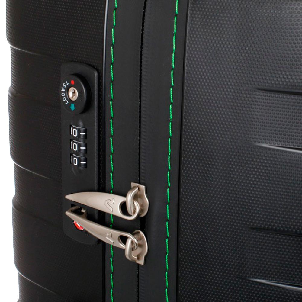 Чемодан черного цвета 55х40х20см Roncato Box размера ручной клади
