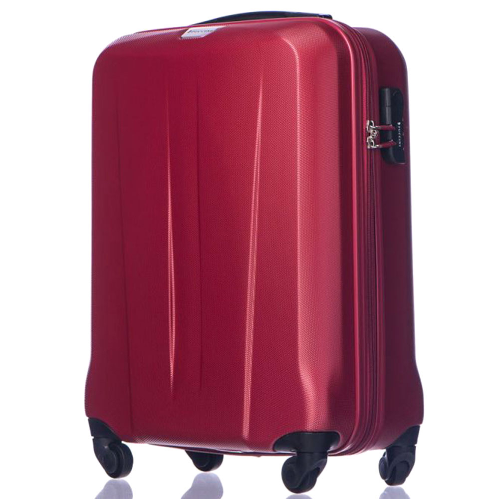 Набор чемоданов Puccini Paris красного цвета с 4х колесной системой