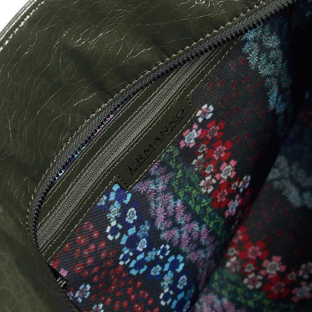 Лаковая дорожная сумка Ermanno Scervino Daria цвета хаки