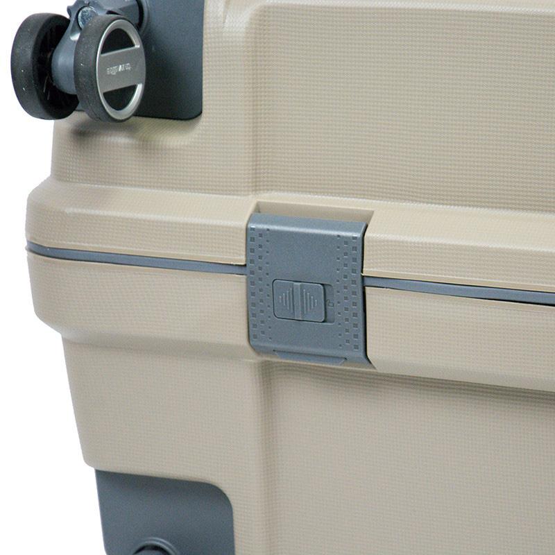Большой чемодан на колесах 52x75x31см Travelite Makro бежевого цвета