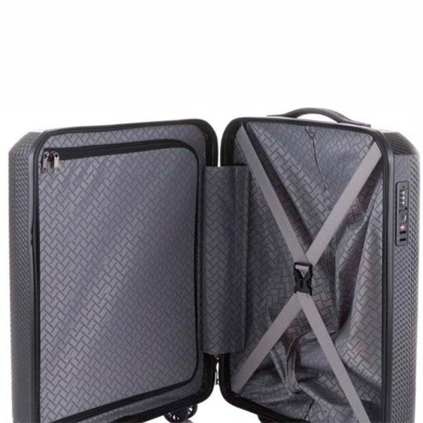 Маленький черный чемодан Travelite Skywalk 40x55x20см