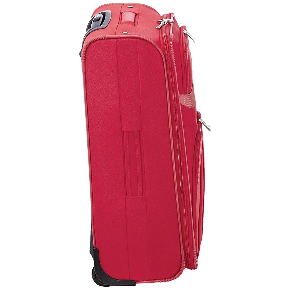 Текстильный чемодан 69x46x27см Travelite Orlando красного цвета на молнии