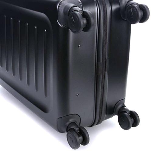 Черный чемодан 69х45х30-41см Victorinox Spectra 2.0 Expandable среднего размера