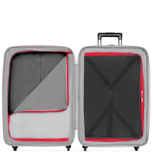 Красный маленький чемодан 67х45х30см Victorinox Etherius с 4х колесной системой