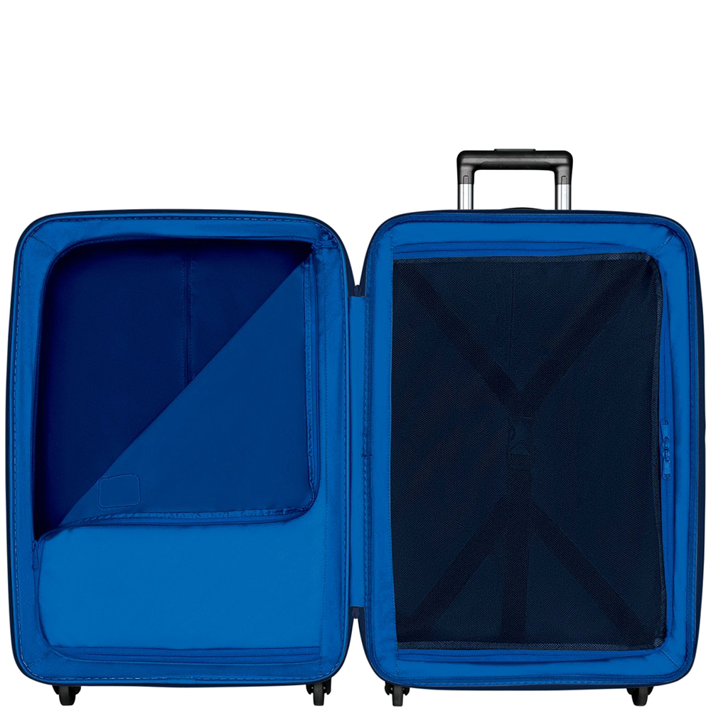 Среднего размера синий чемодан 67х45х30-34см Victorinox Etherius Deep Lake для путешествий