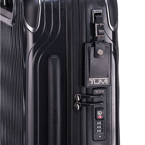 Черный чемодан 55х40х20см Tumi Latitude International Slim Carry-On, фото