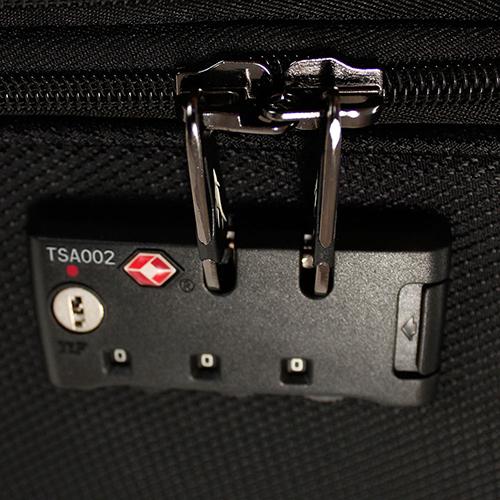 Чемодан черного цвета 67x42x26см March Flybird среднего размера с замком блокировки TSA, фото