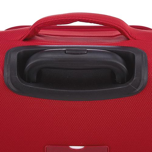 Набор красных чемоданов March Delta на молнии, фото