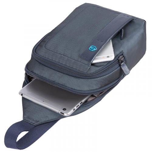 Синий монорюкзак Piquadro Pulse из кожи и текстиля, фото