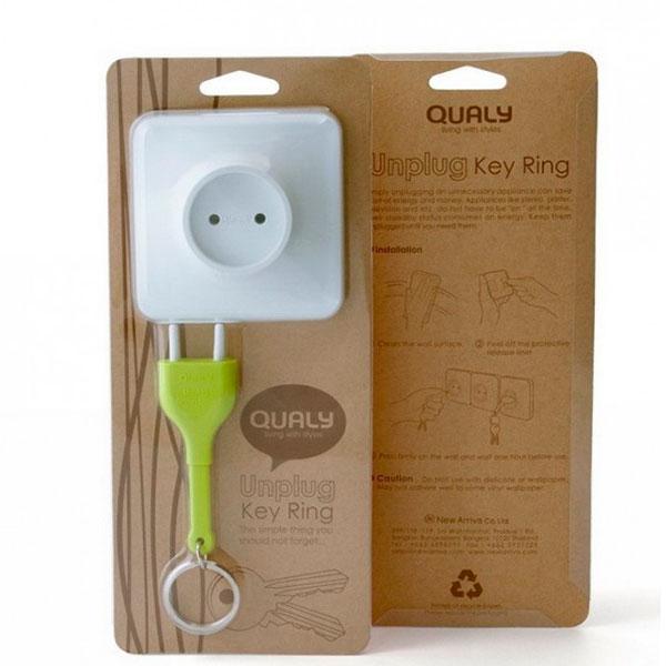 Настенная ключница с брелоком для ключей Qualy Unplug зеленая