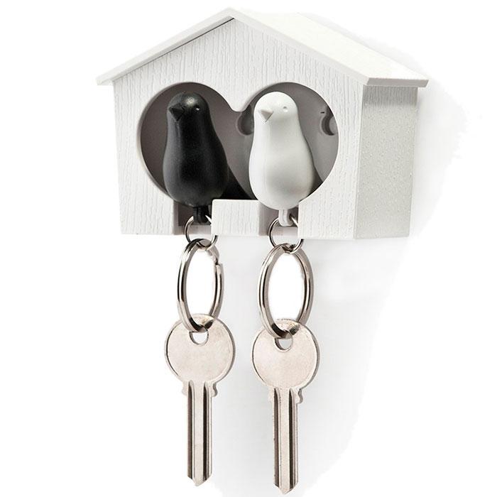 Настенная ключница с двумя брелоками Qualy Duo Sparrow Qualy белая с черным