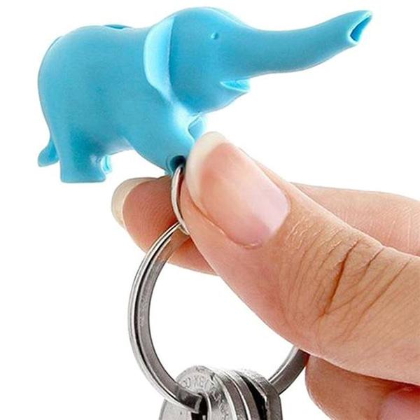 Настенная ключница Qualy Elephant с брелком-слоником