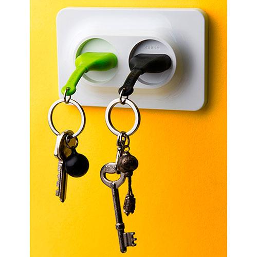 Настенная ключница с двумя брелоками Qualy Розетки, фото
