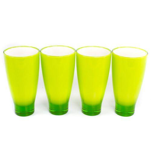 Яркие зеленые стаканы Plastik Kuo, фото