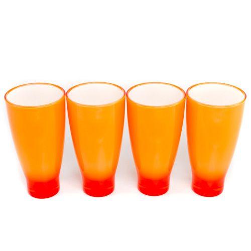 Яркие оранжевые стаканы Plastik Kuo, фото