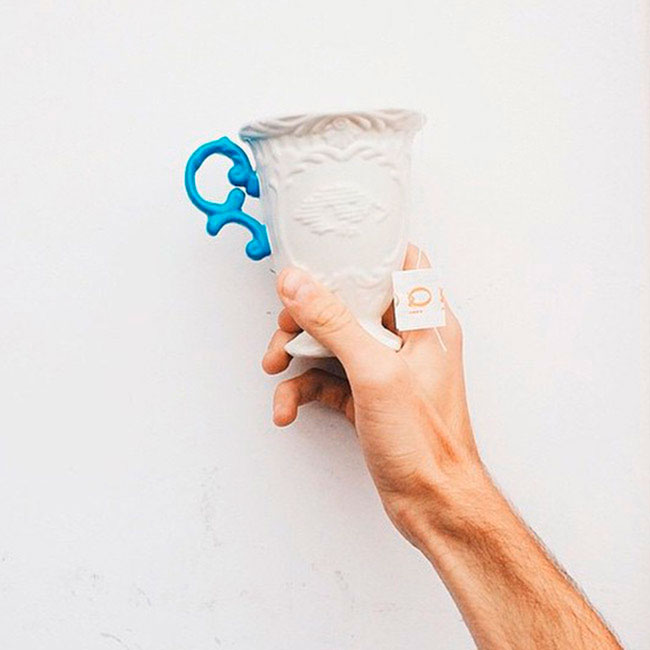 Кружка Seletti I-Mug с ручкой синего цвета