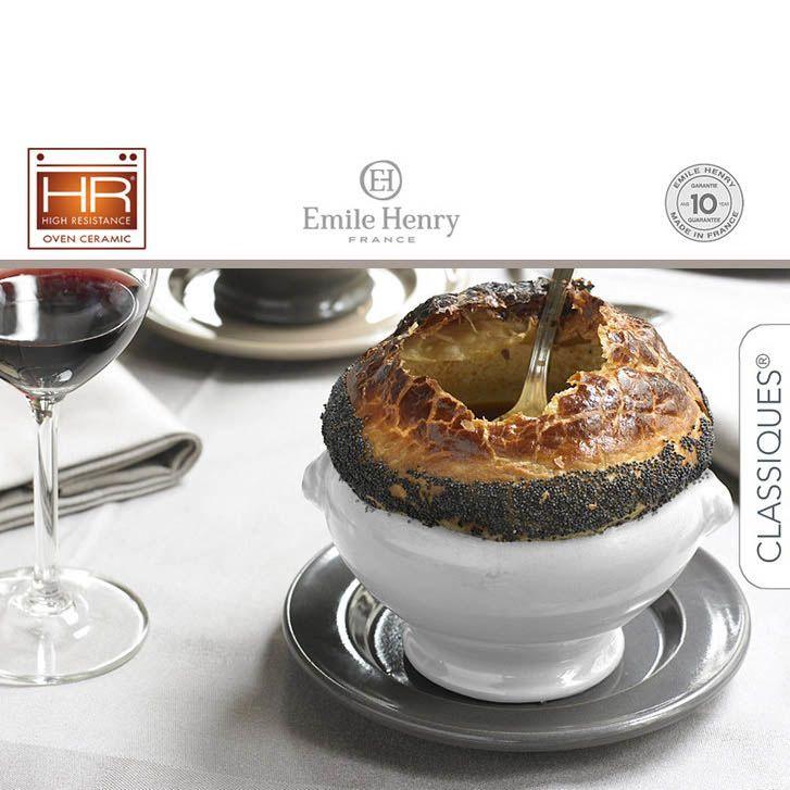 Чашка для бульона Emile Henry Classique Cerise 550 мл бело-красная