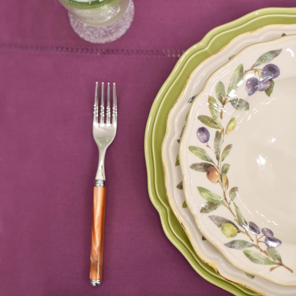 Тарелка подставная Villa Grazia салатового цвета 33см