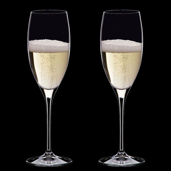 Два бокала Riedel Vinum для шампанского