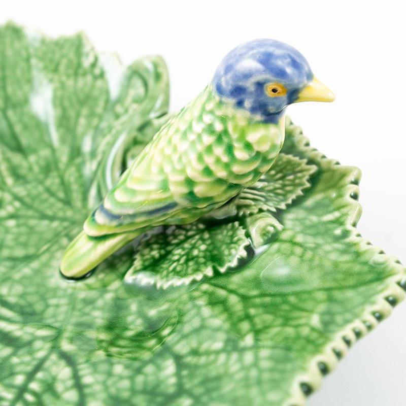 Блюдо Bordallo Pinheiro Лист с птицами 19см