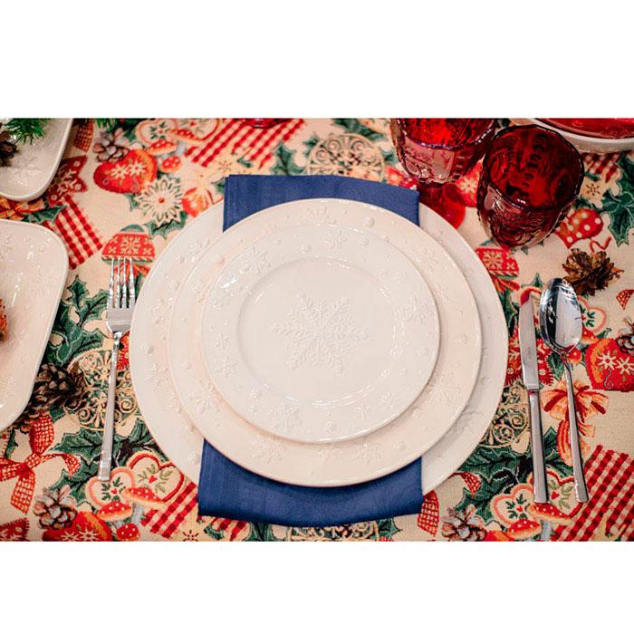 Тарелка белого цвета Bordallo Pinheiro Снежинки 28см