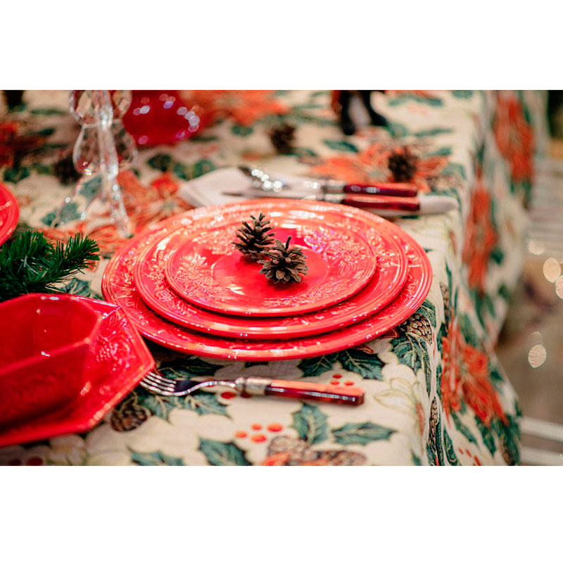Набор десертных тарелок красного цвета Bordallo Pinheiro Зима на 6 персон 22,2см