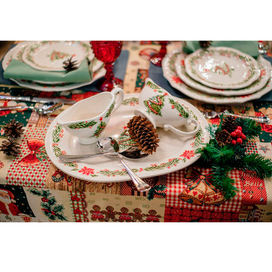 Овальное блюдо Bordallo Pinheiro Рождество белого цвета 38x29см