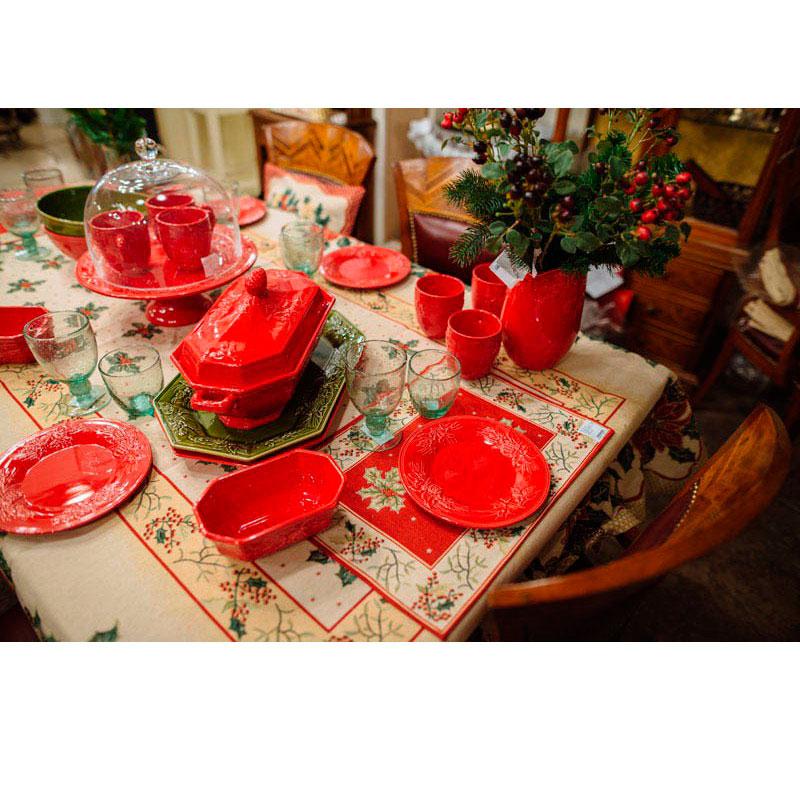Салатник Bordallo Pinheiro Зима красного цвета