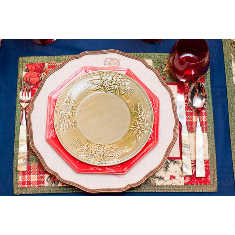 Блюдо Bordallo Pinheiro Зима красного цвета 28x28см