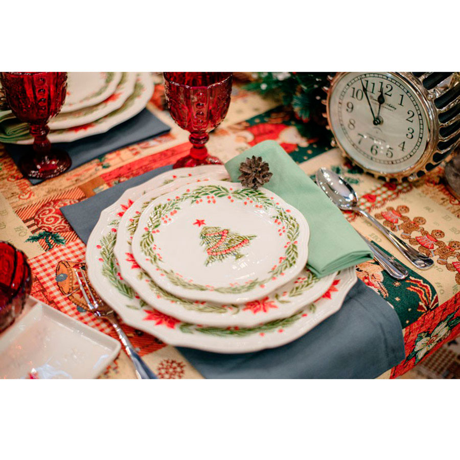 Набор тарелок на 6 персон Bordallo Pinheiro Рождество белого цвета 27см