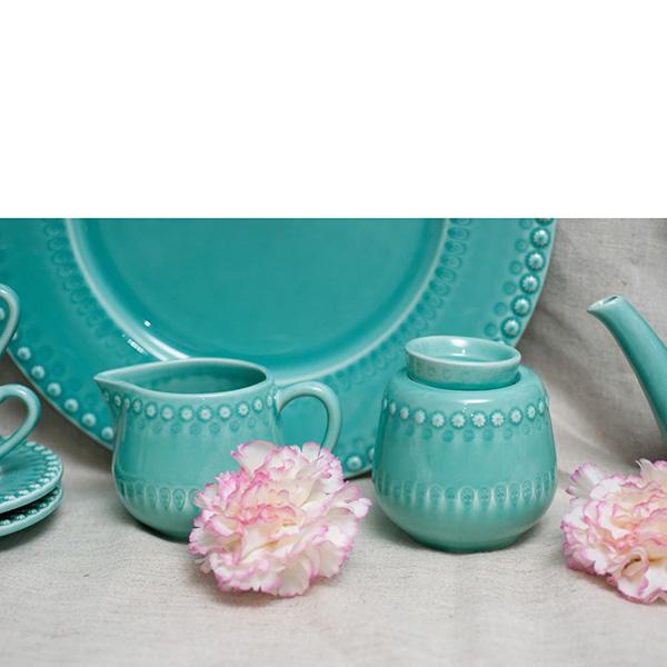Молочник Bordallo Pinheiro Фантазия голубого цвета