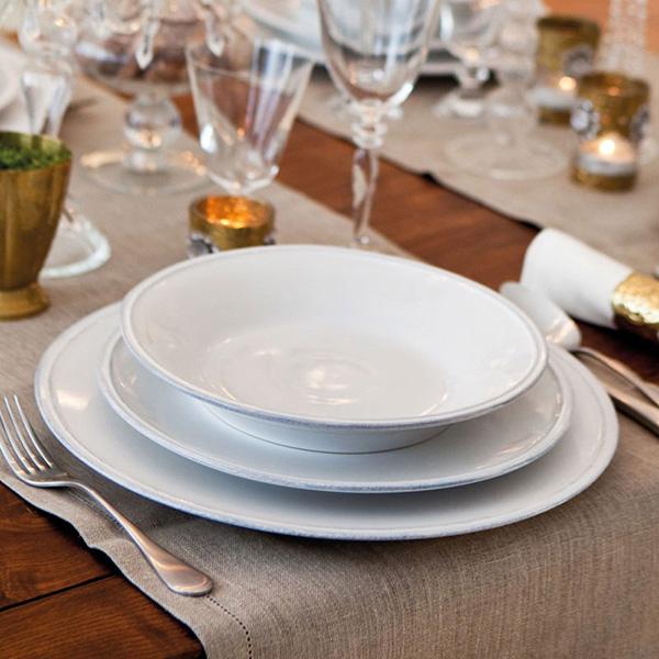 Блюдо круглое белое Costa Nova Friso 34см