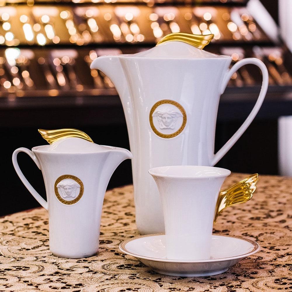 Белый кофейный сервиз Rosenthal Versace Medaillon Meandre d'Or