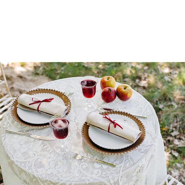 Тарелка обеденная Costa Nova Pearl коричневого цвета 28см