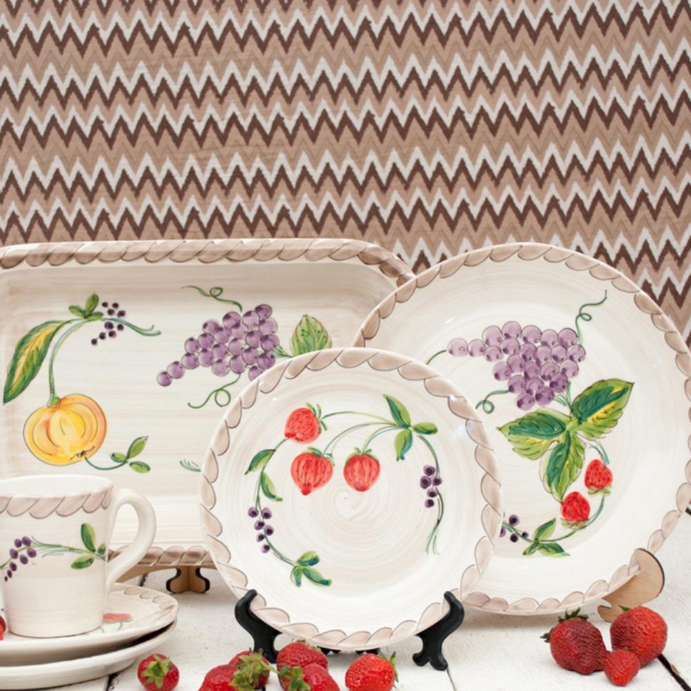 Тарелка обеденная Villa Grazia Клубника и виноград 30см