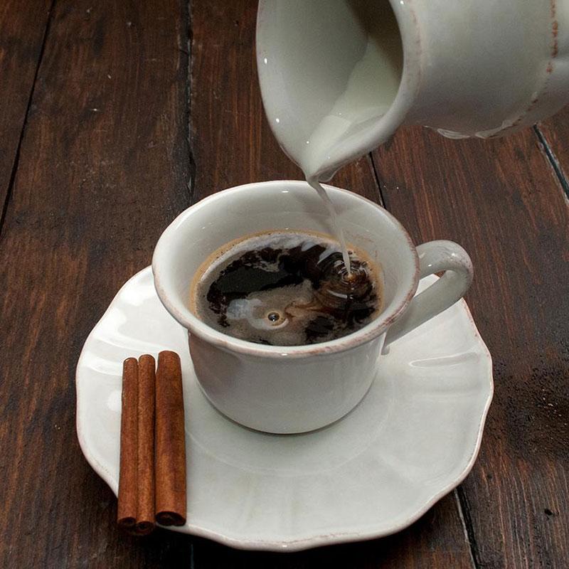 Чашка с блюдцем белая Costa Nova Impressions