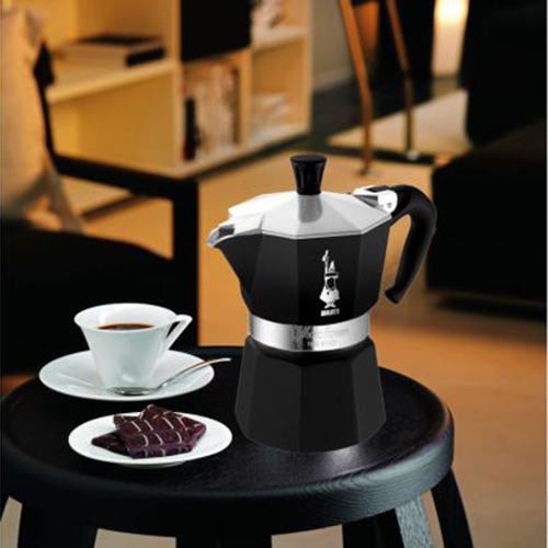 Кофеварка гейзерная Bialetti Moka Express Colour черного цвета, фото
