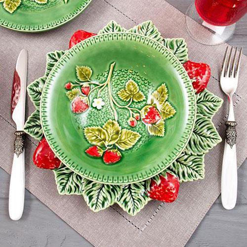 Тарелка для супа Bordallo Pinheiro Клубника 18,5см, фото